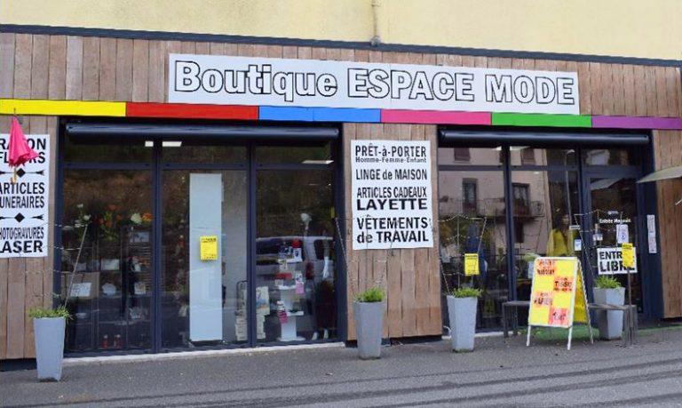 "Coupiac magasin ""Espace Mode"""
